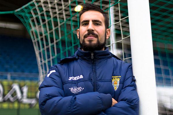 Álex Izquierdo entrenador de la Arandina